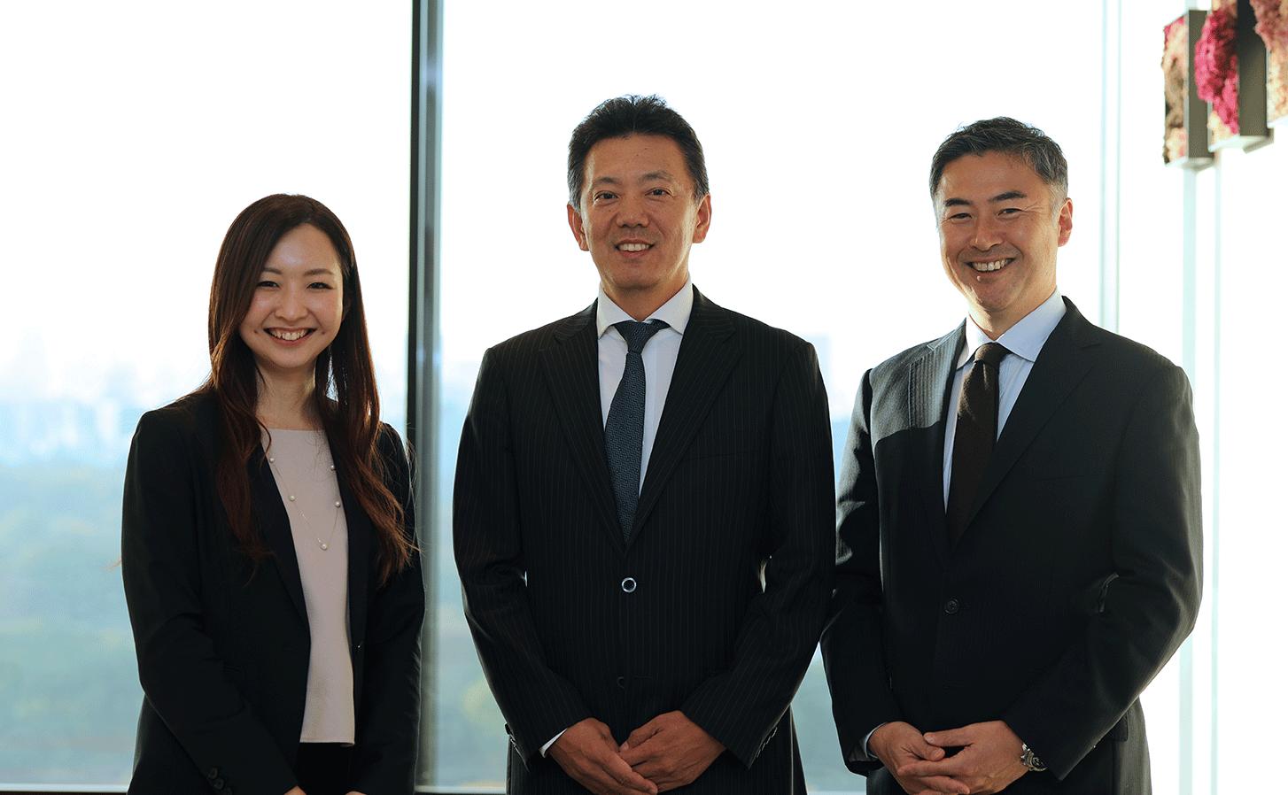 CEG福永(左)・PwC福井ディレクター(中央)・CEG山口(右)