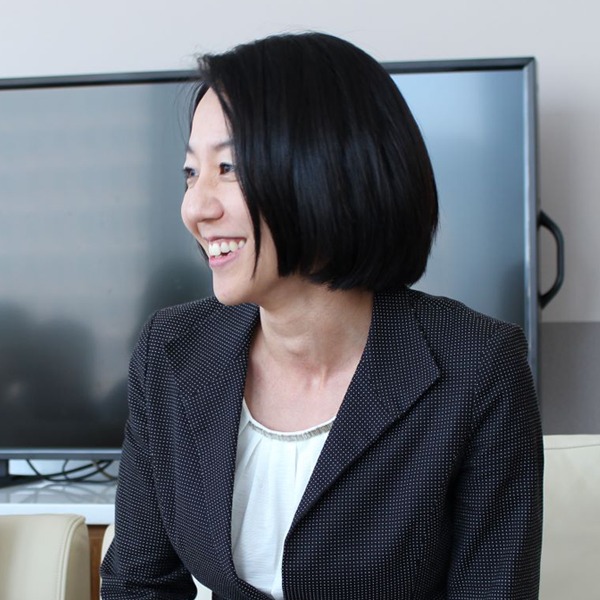 向山 奈美子 | Namiko Mukouyama【マネジャー】